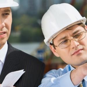 Architekt und Bauherr bei der Bauberatung